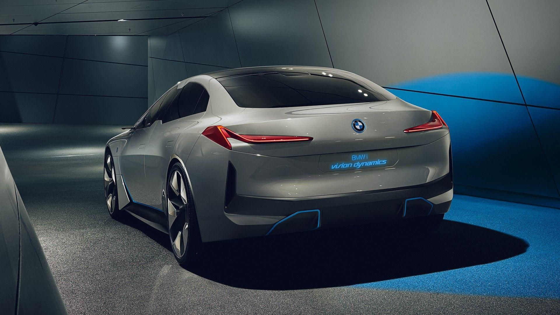 Bmw I4 Rendered As Stylish Electric Sedan With 435 Mile Range In