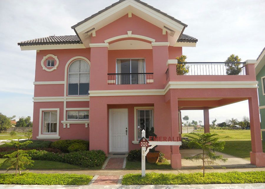 Per le case moderne, villette o edifici a schiera, sarà ottimo utilizzare un colore che ne esalti lo stile architettonico. Pin Su Casas