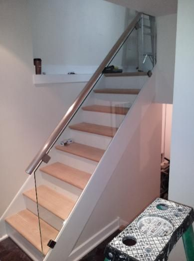Residential Simple Glass Rail Interior Stairs Glass Railing