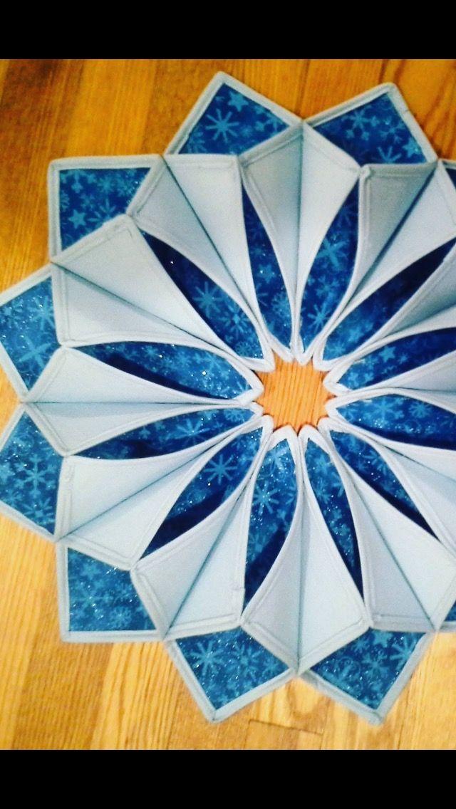 Pin von Nan Friend auf Fold\'n Stitch Wreath | Pinterest | Nähen und ...