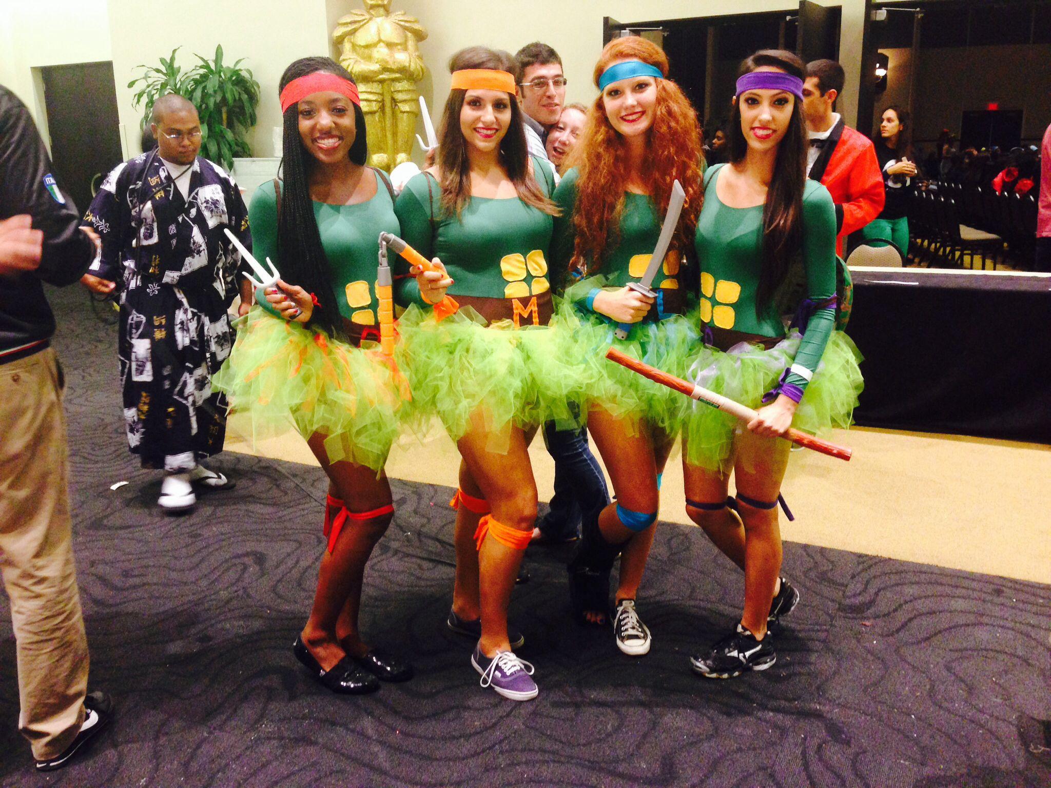 teenage mutant ninja turtles diy halloween group costume