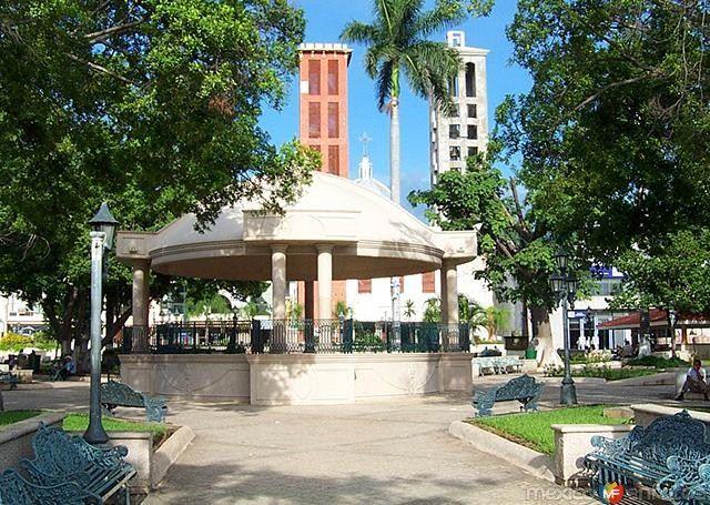 Kiosco de la plaza principal del Mante