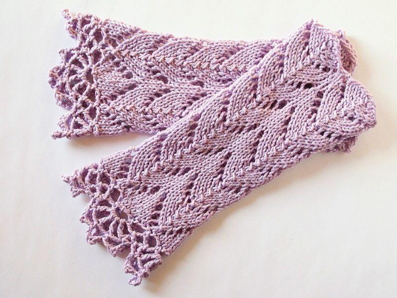 Armstulpen flieder Baumwolle von Zauberstein auf DaWanda.com                                                                                                                                                                                 Mehr #glovesmadefromsocks