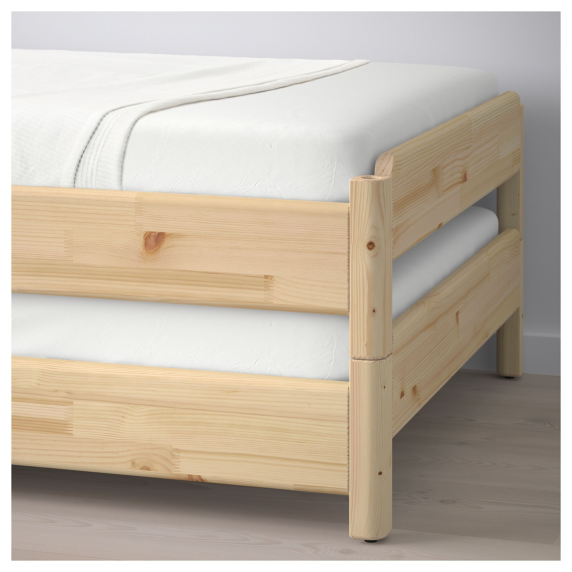 Lits Empilables Ikea Ikea UtÅker Stackable Bed With 2 Mattresses Pine