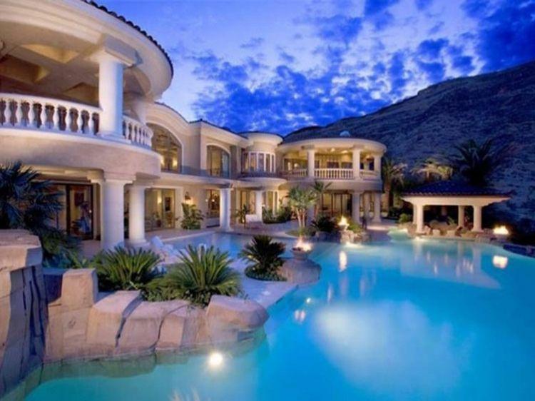 Les Plus Belles Villas Du Monde Voyez Nos Images Magnifiques Belle Maison Belle Villa Les Plus Belles Maisons