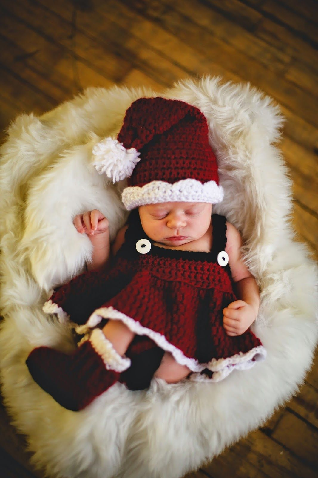 http://www.ravelry.com/patterns/library/santa-set-for-girl-and-boy ...