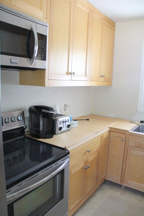 our craigslist kitchen cabinets bright green door from ...