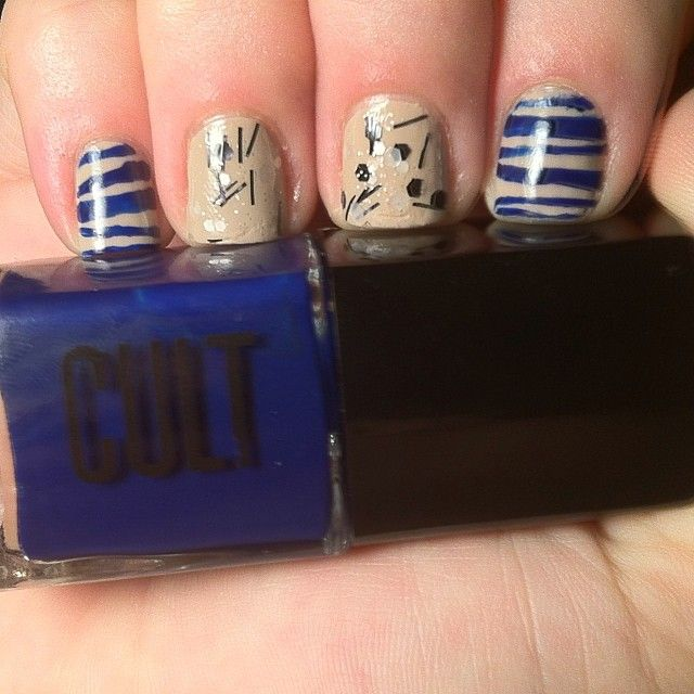 @kozynails shows off her added flair to our November Blackbox shades - Weho and Joshua Tree with a Point D...