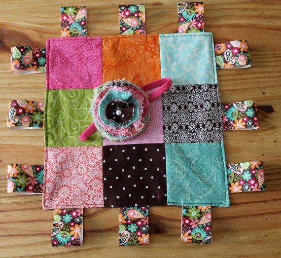 Best 25 Baby Tag Blanket Ideas On Pinterest Diy Taggie