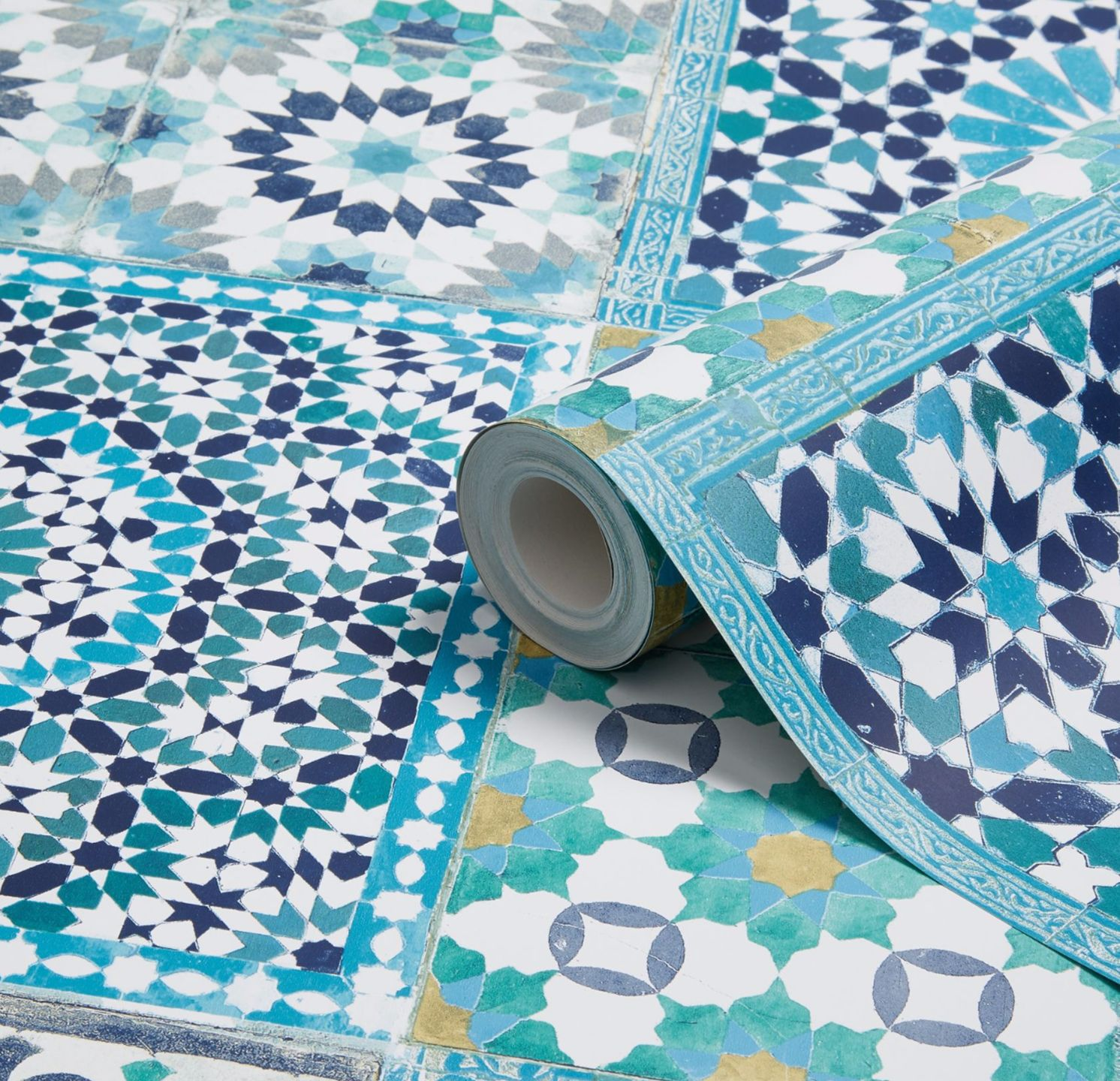 Vibrant And Bold Colour Is Key To Capturing The Spicy Spirit Of A Moroccan Kitchen Use A Tile Effect Wallpaper To Create The Look Our Tile Wallpaper Blue Mosaic Tile Geometric