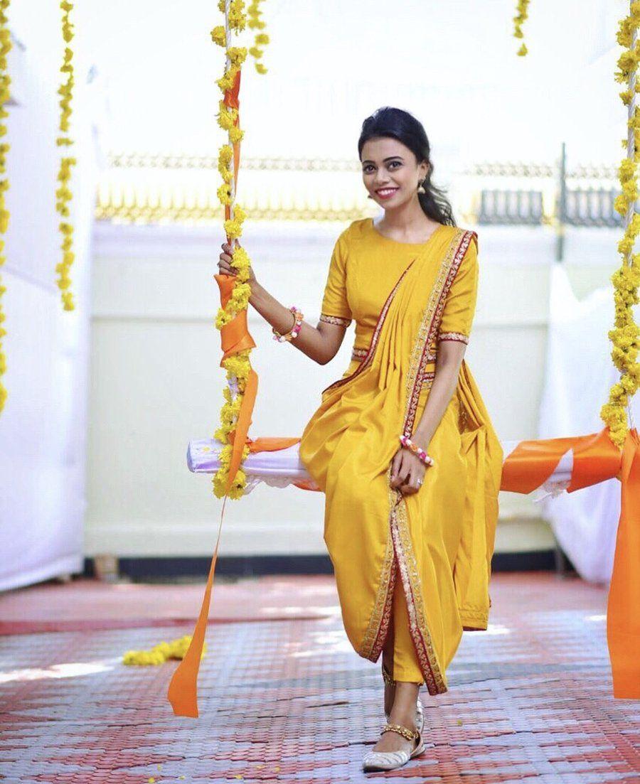 72edd33f9f Classy Mehndi & Haldi outfit with a tinch of yellow !! #yellow #outfit # bride #mehndi #haldi #indian #decoration