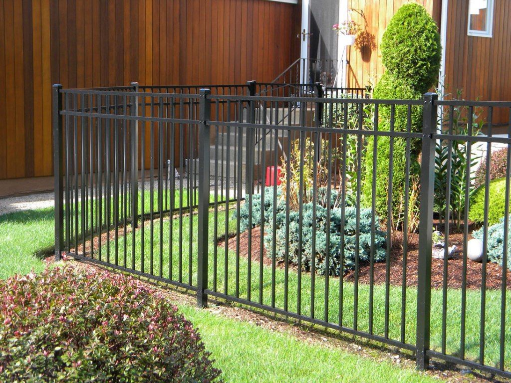 backyard-fence-ideas-for-dog | project ideas | pinterest | fence
