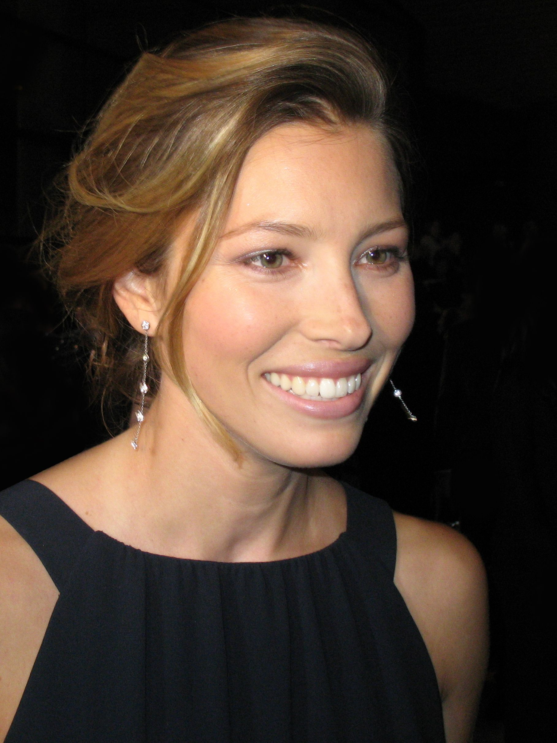 Pin By Sheri Dymeck On Jessica Biel Jessica Biel Amy Poehler