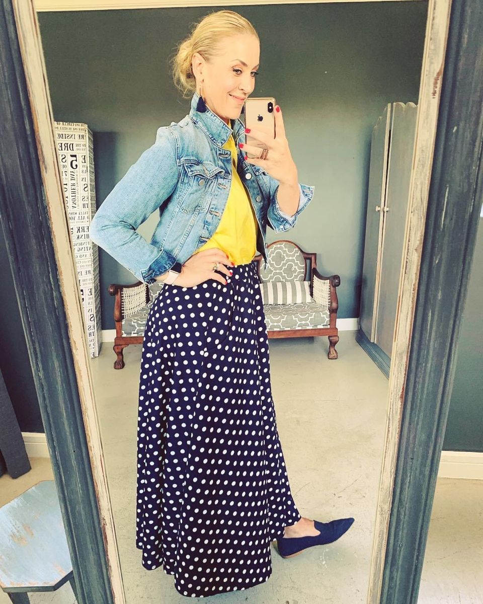 YELLOW AND POLKA DOTS #lookoftheday #yellow #polkadots #imageconsultant