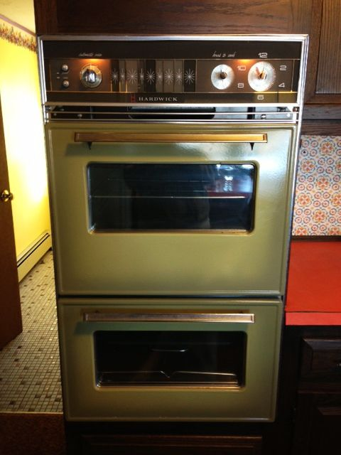 Mid Century Modern Freak Vintage Ovens Via 1 2 3 4 5 6 Wall Oven Vintage Oven Small Cottage Kitchen