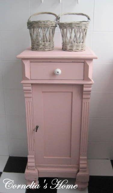 landelijk brocante halkastje badkamerkastje | badkamer landelijke, Deco ideeën