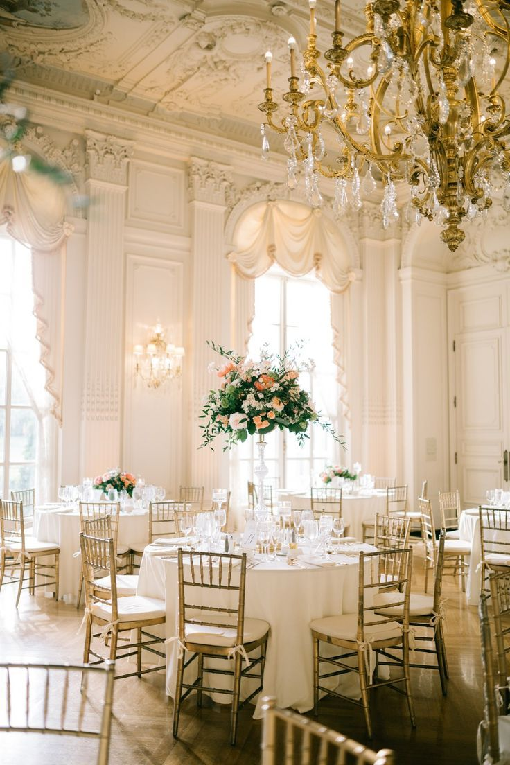 A Classic Wedding at the Historic Rosecliff Mansion