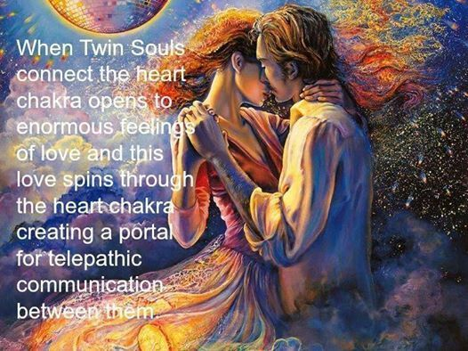 twin flames and telepathy | When Twin Souls connect the heart chakra