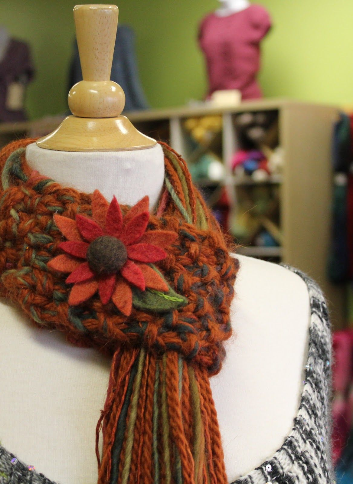 Knitique: Scarf Style | {YARN} Scarves & Cowls | Pinterest