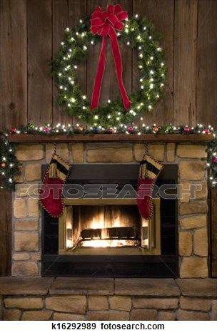 weihnachten kaminofen herd mit kranz und str mpfe. Black Bedroom Furniture Sets. Home Design Ideas