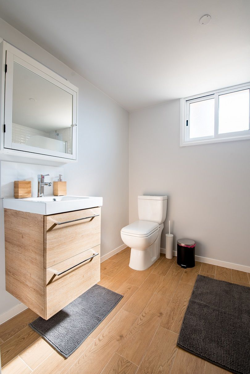 Know The 9 Best Bathroom Flooring Options For Your Home In 2020 Best Bathroom Flooring Bathrooms Remodel Small Bathroom