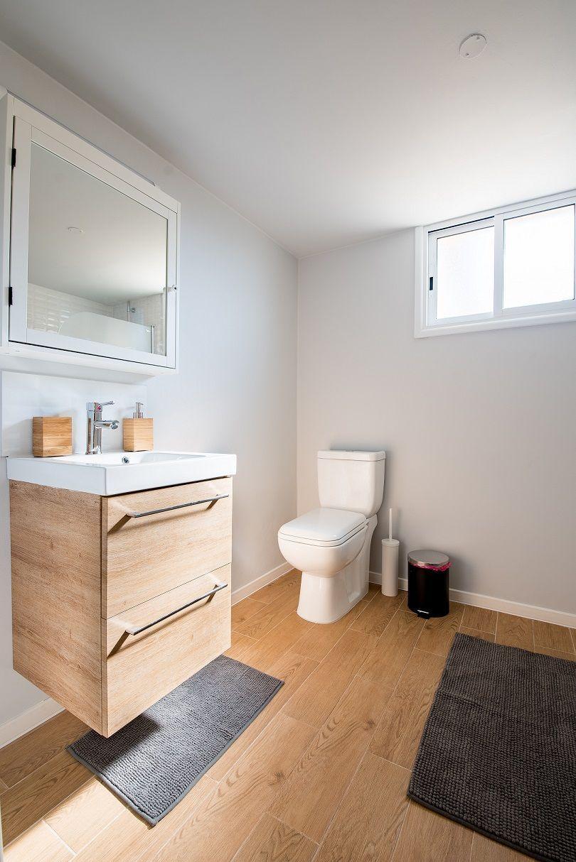 Know The 9 Best Bathroom Flooring Options For Your Home In 2020 Best Bathroom Flooring Bathrooms Remodel Bathroom Light Fixtures
