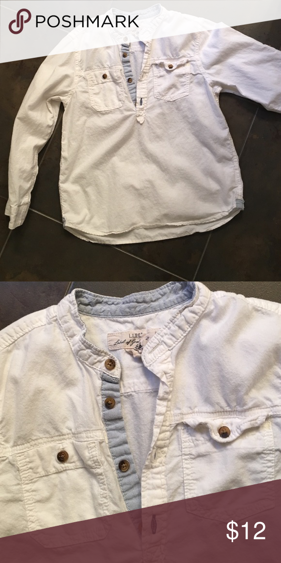 H & M boys shirt Excellent condition. White cotton popover with chambray accents. H&M Shirts & Tops Button Down Shirts