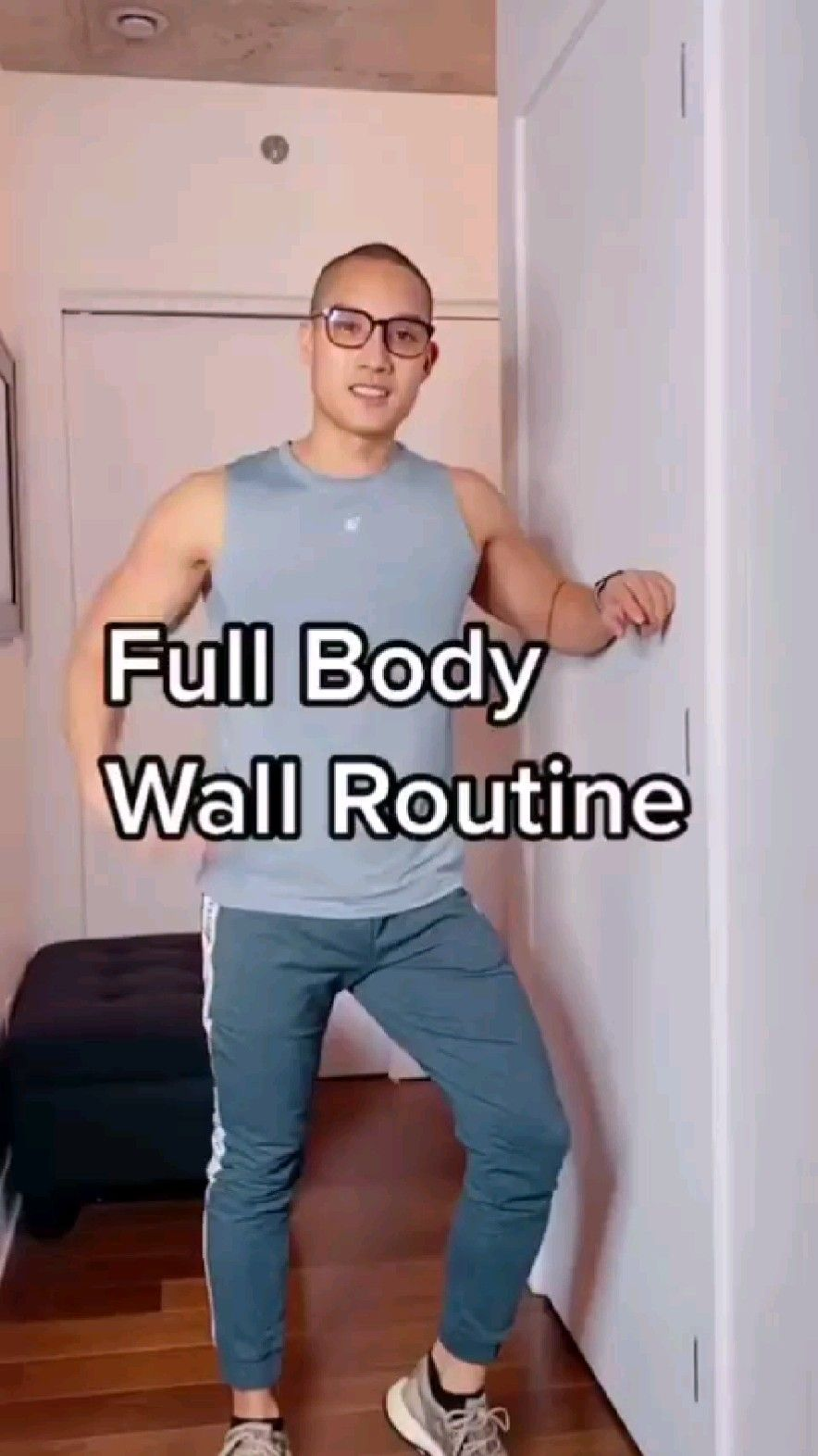 Full body workout at wall - home workout
