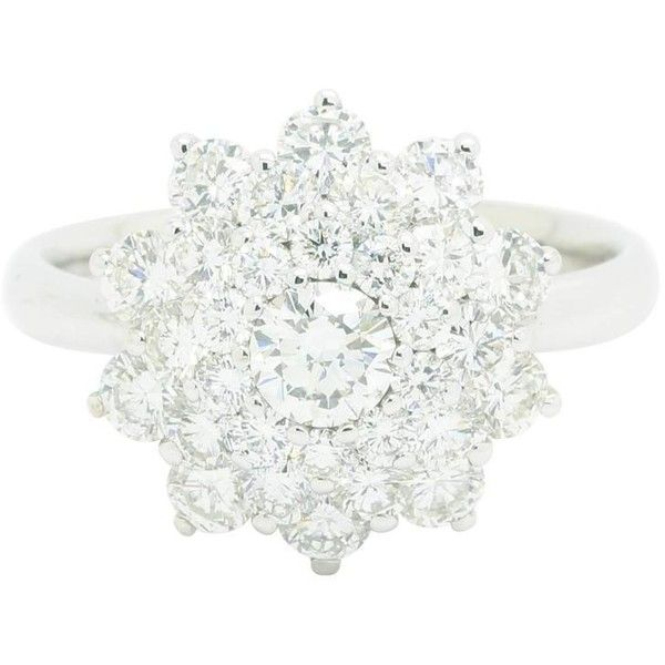 """Ferrucci """"ice Flower"""" Diamond Cluster Ring (541.900 RUB) ❤ liked on Polyvore featuring jewelry, rings, multiple, blossom jewelry, diamond cluster rings, flower ring, white diamond jewelry and white flower ring"""