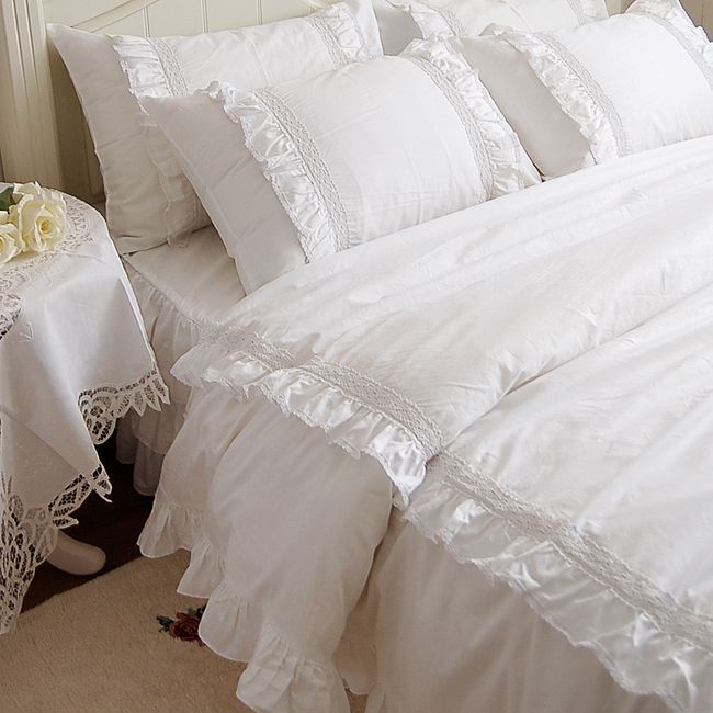 Romantic white double ruffle lace bedding sets duvet cover for Frilly bedspreads
