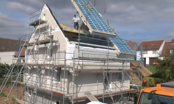Дом, который строится за 24 часа.