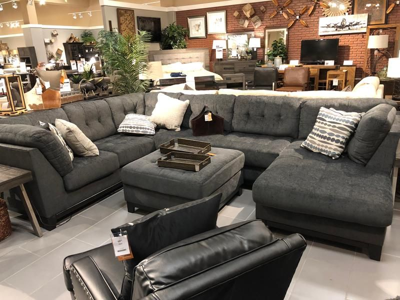 Reidshire 3 Piece Sectional With Chaise Living Room Sofa Design