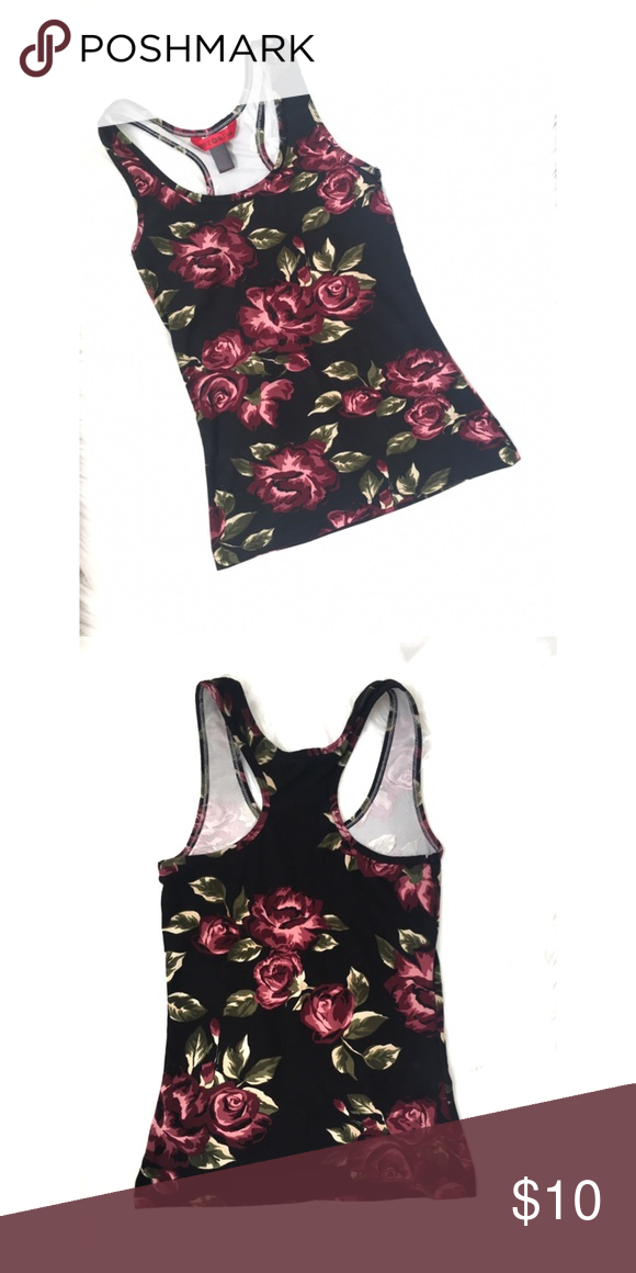 218e164c Floral tank Top in good condition Size S length: 23