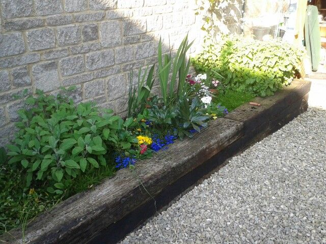 Railway sleeper boarder creative garden pinterest for Raised border edging