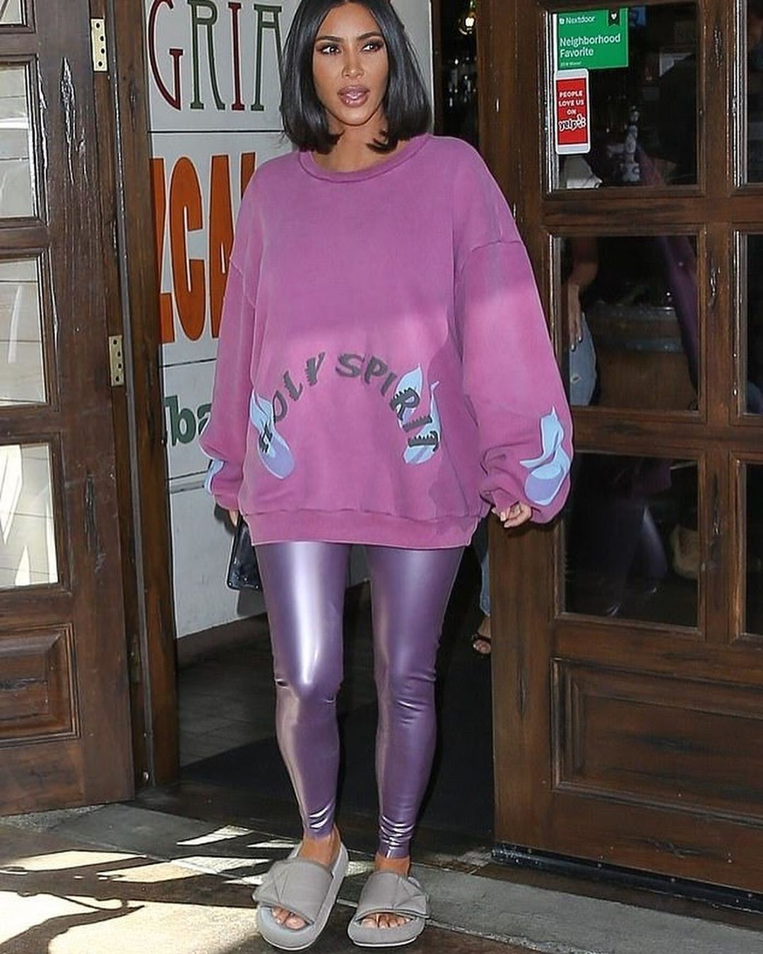 jacket, denim jacket, denim, kourtney kardashian, leggings