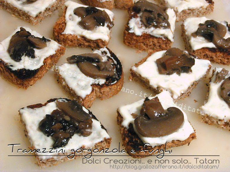 Tramezzini gorgonzola e funghi Una preparazione perfetta come finger-food, o un antipasto goloso o uno stuzzichino per accompagnare un aperitivo tra amici