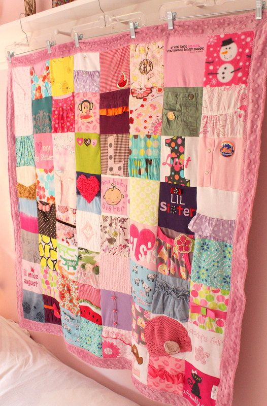 A CUSTOM memory blanket that is created from your babys clothes ... : custom baby clothes quilt - Adamdwight.com