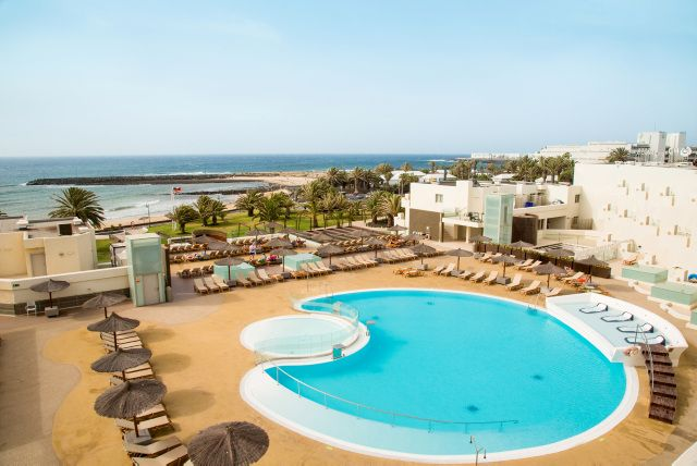 Beach Resorts Beaches Hotels Link Check Lanzarote Spain Vacation Places Spanish