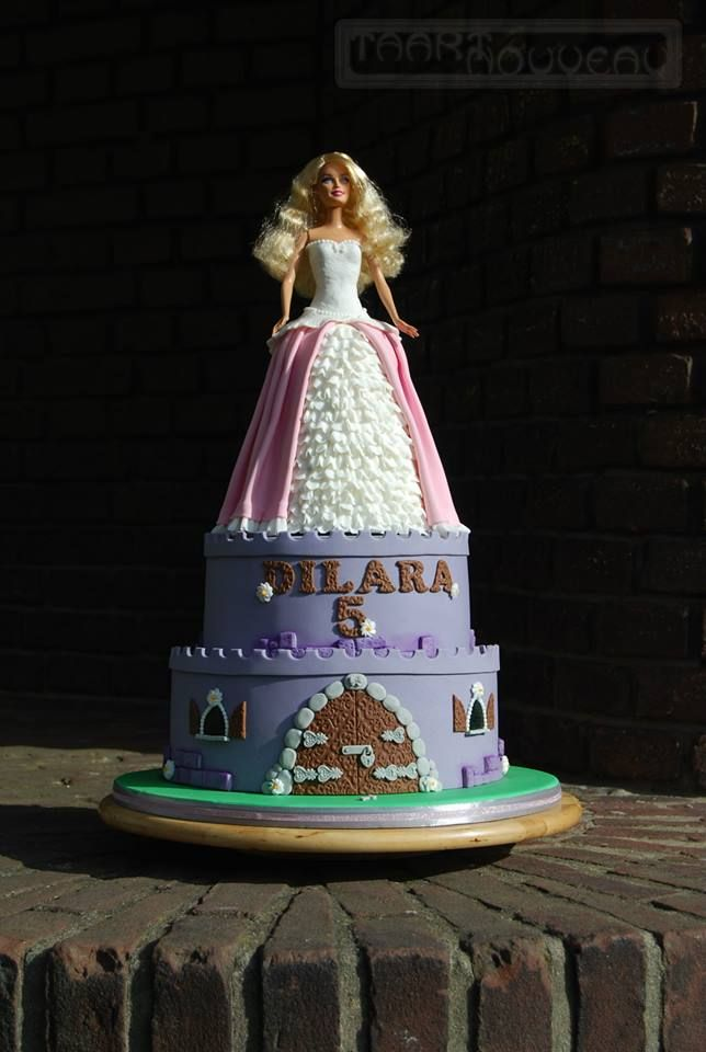 taart nouveau Barbie Doll Castle Cake by Barbara Hoogendoorn | Taart Nouveau  taart nouveau