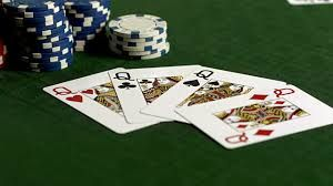 Online poker has very few requirements and you can lay on any device as long as you can connect to the internet. It does not use a lot of processing power and you can easily play on your desktop or laptop. Additionally, there are apps that you can use on your iPads and iPhones to play online poker.