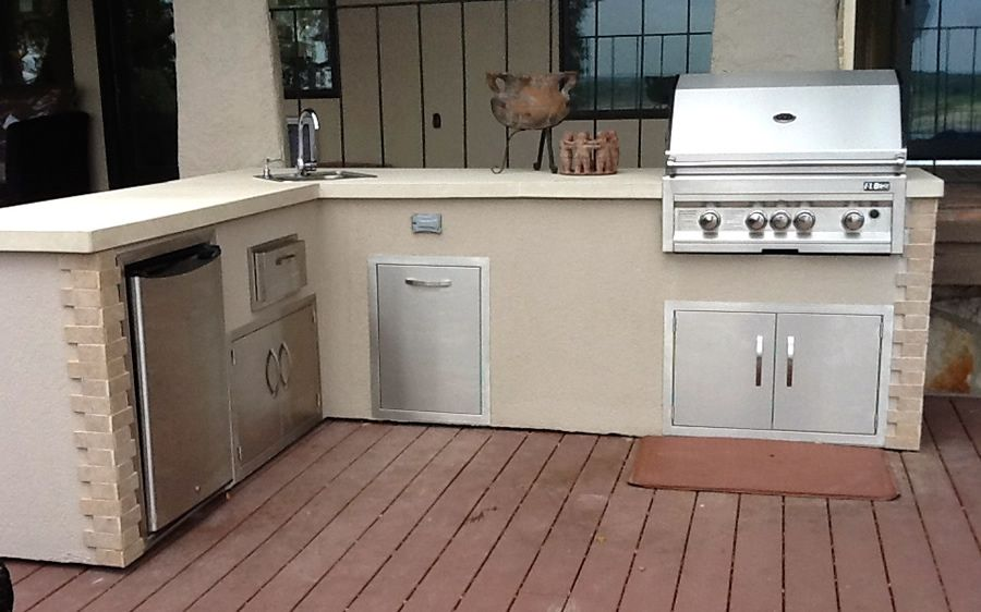 Flo Grills Outdoor Kitchen In Stucco Finish