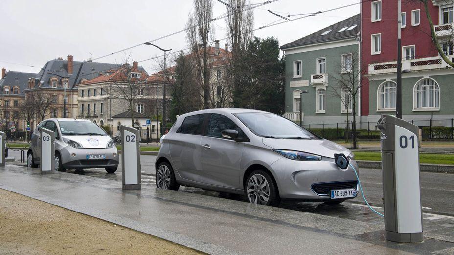 Aufladen Unterwegs Elektroautos Renault Schweiz Elektroautos