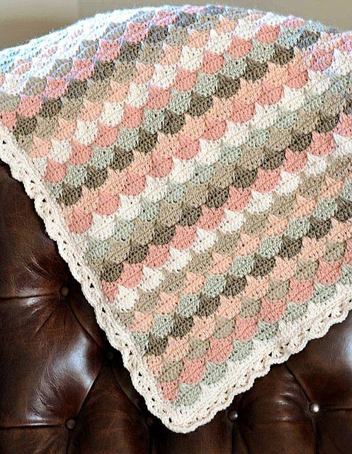 Clamshell Crochet Blanket - Tutorial: http://sandra-cherryheart ...