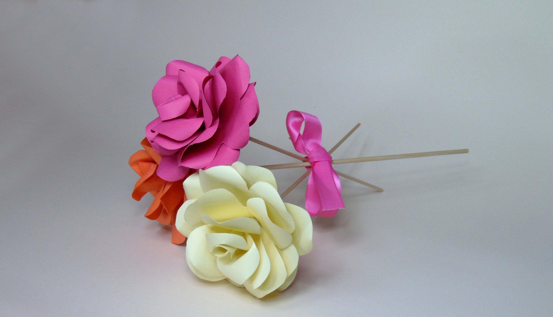 cmo hacer rosas de cartulina - Hacer Rosas De Papel