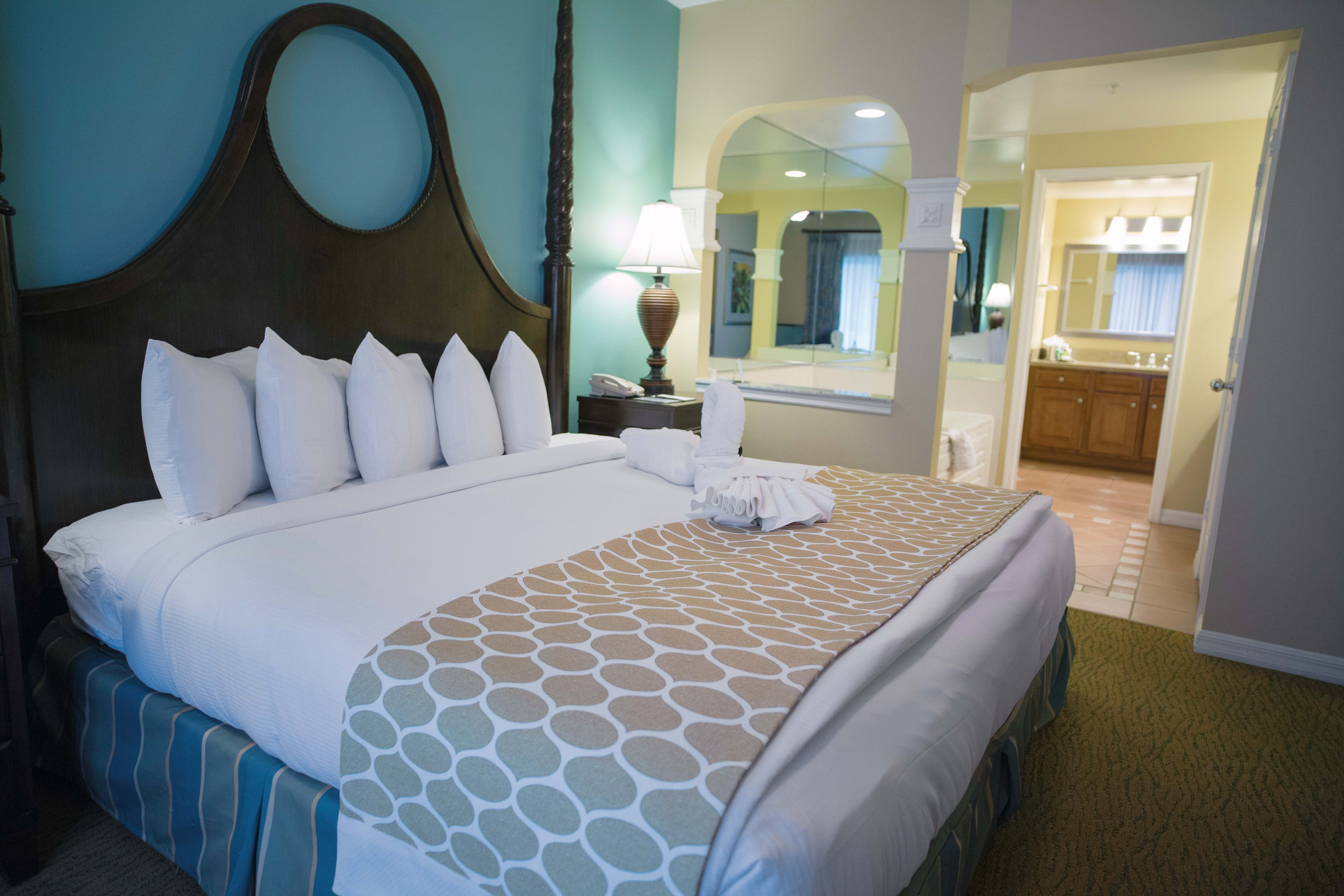 Hilton Grand Vacations Suites at SeaWorld Suites, Sea