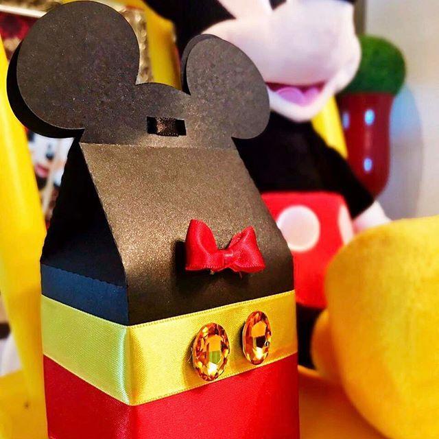 Mickey Mouse ❤️ #festadisney #festamickey #festaminnie #temadisney #temamickey #turmadadisney #turmadaminnie #turmadomickey #personalizadosminnie #personalizadosmikey #personalizadosdisney #petitceci #petitcecipersonalizados