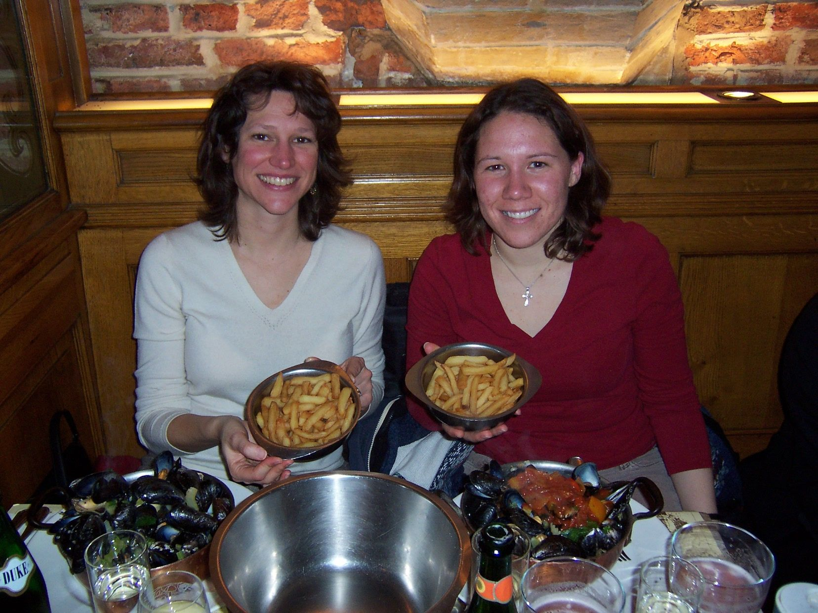 Vivian, program director in Nancy, came to help orient us to life in Brussels. Here we feast on mussels and fries, famous Belgian foods. Bon appetit!