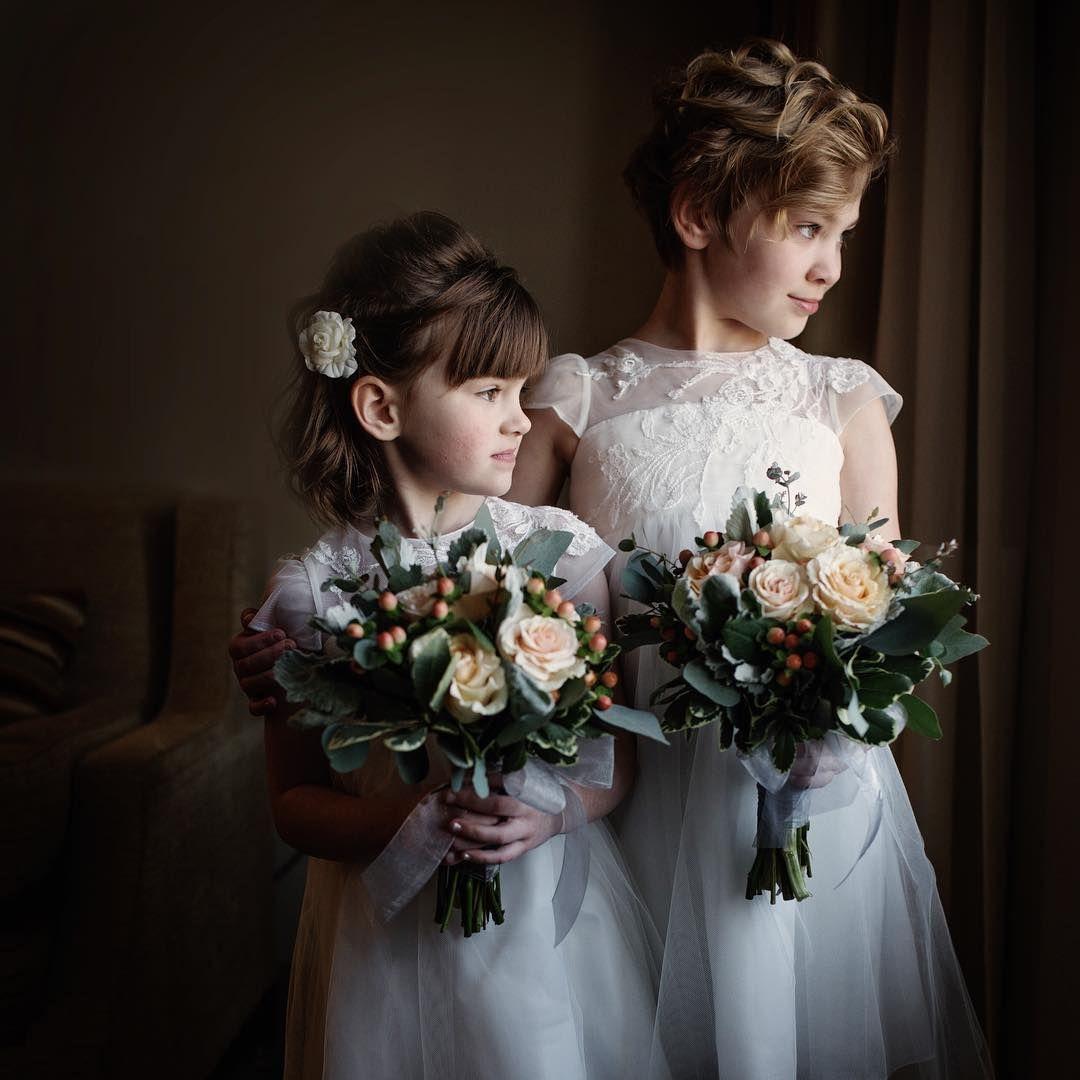 Flower Girls | Chicago Wedding Photos | Jorge Medina Photography | www.jorgemedinaphotography.com