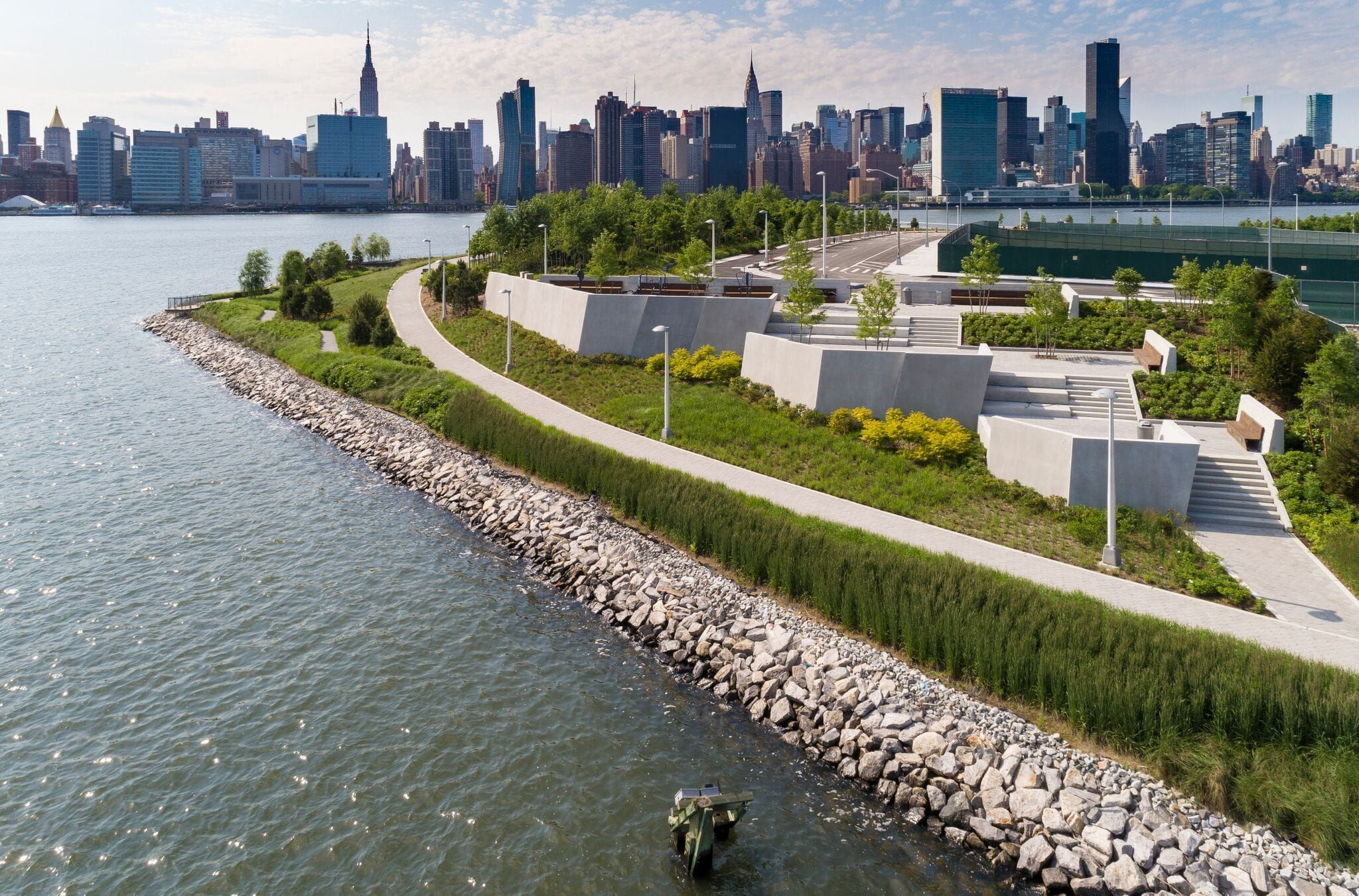 Hunter S Point South Waterfront Park Phase Ii By Swa Balsley Weiss Manfredi Mooool Landscape Plans Landscape Landscape Design