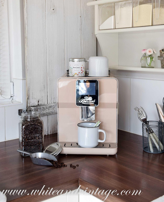 ich liebe den retro look und habe endlich die passende kaffeemaschine im retro style zu meiner. Black Bedroom Furniture Sets. Home Design Ideas
